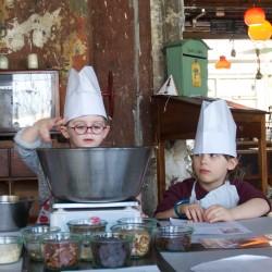 Petits et grands en cuisine à la Recyclerie / 2