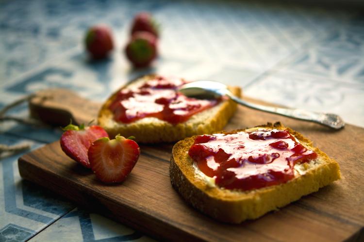 Petit-déjeuner sans gluten, on mange quoi ? ©Jonathan Pielmayer