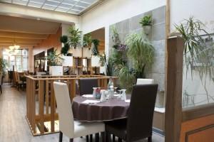Boutique et restaurant La Source /3
