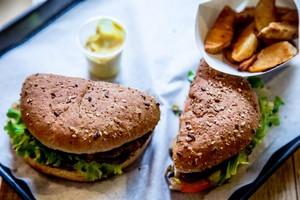 Où manger un burger sans gluten à Paris ? /4