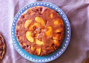 Jules, le plus jeune pâtissier sans gluten et sa superbe tarte ! ©Jules