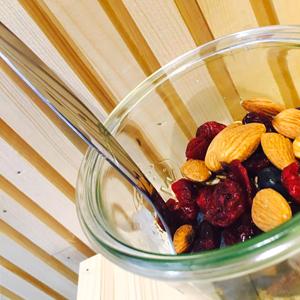 Un ptit muesli cousin du granola sans gluten ?! ©Muesli's BAR