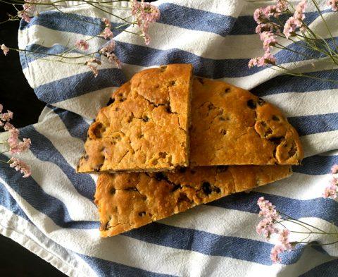 Une part de fougasse sans gluten pour l'apéro ?! ©Because Gus