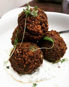 Falafels, un must !! @Ladysaba7 - Food Tour sans gluten en Israël !