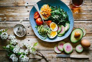 Y a-t-il un lien entre le gluten et l'acné ?! Manger sain la solution ? ©Brooke Lark