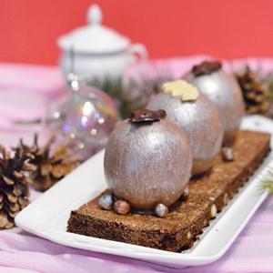 Où trouver une bûche sans gluten ? ©Marie Rouvière pour Jo and Nana Cakes