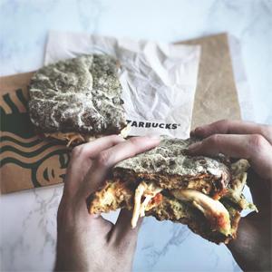 Enfin du sans gluten chez Starbucks en France !! - Le panini ! ©Starbucks France