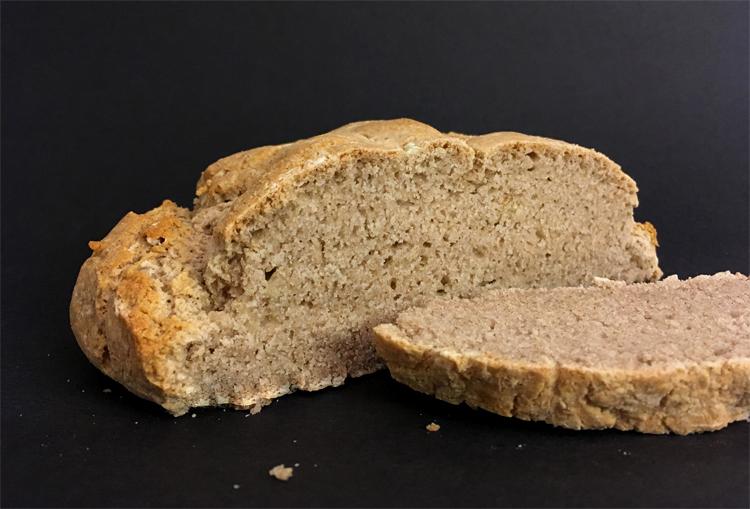 Qui veut la recette du pain sans gluten ?! ©Because Gus
