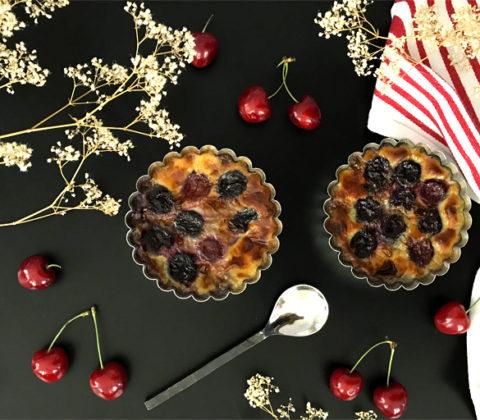 Un clafoutis sans gluten et sans sucre raffiné ?! ©Because Gus