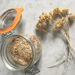 Financiers sans gluten ni lactose au sirop d'érable ! Le secret de notre poudre d'amandes ©Because Gus