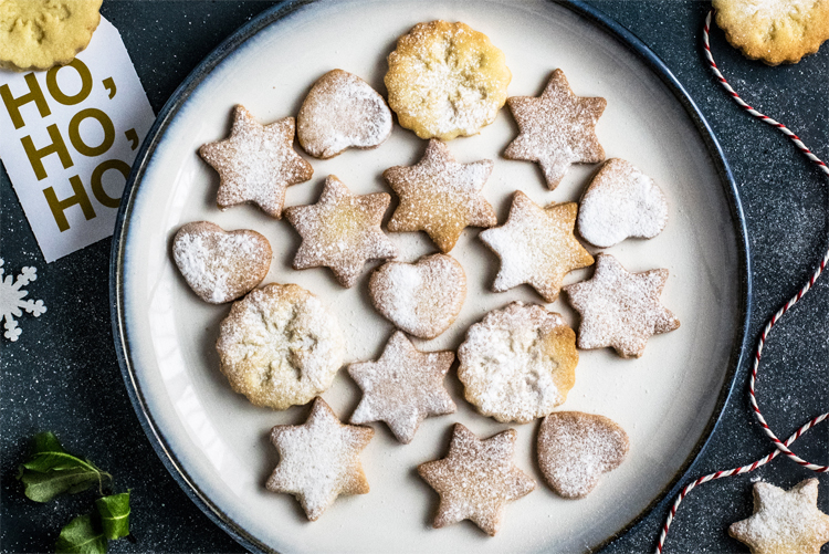 Biscuits de Noël sans gluten et vegan ©Monika Grabkowska